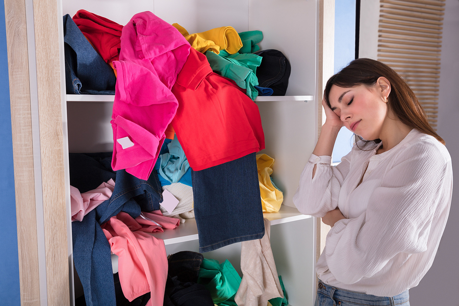 organize messy closet